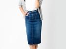 джинсовая юбка миди с белой майкой