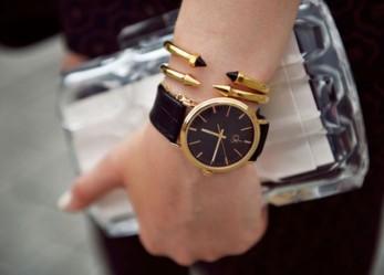 Чувственное время на запястье — часы Кельвин Кляйн для женщин