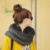 Советы модницам — узнай как носить шарф снуд