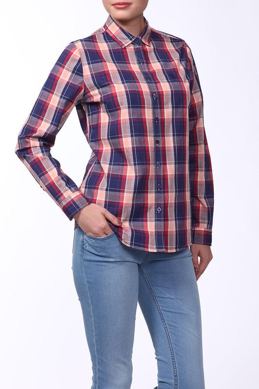 Клетчатая рубашка с джинсами