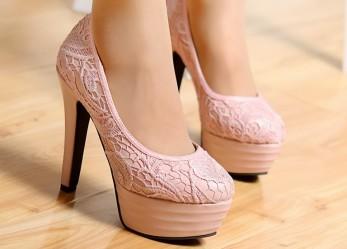 В чем превосходство женских туфель на высоком каблуке