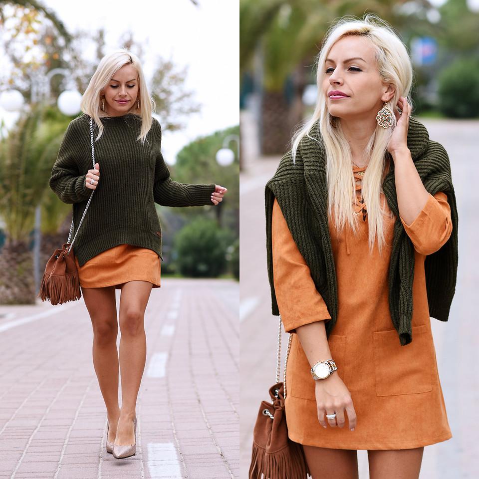 Кожаное платье зимой