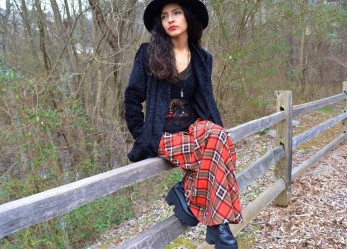 Длинная юбка в клетку: дань моде или …